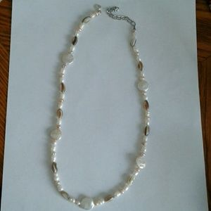 Jewelry - Handmade mother of pearl nec